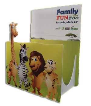 Family-Zoo-Display-by-Identify-Yourself.ca